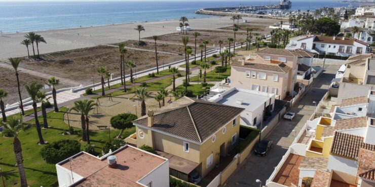 Beachfront Villa in Vera Playa