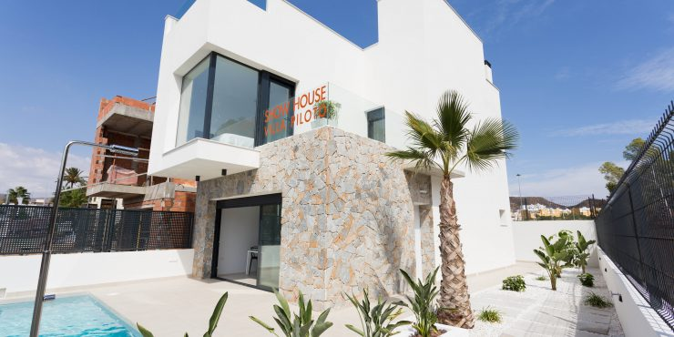 Hip and Compact Villas in San Juan de los Terreros