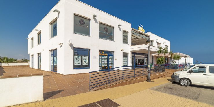 Commercieel centrum te koop in Mojacar Playa
