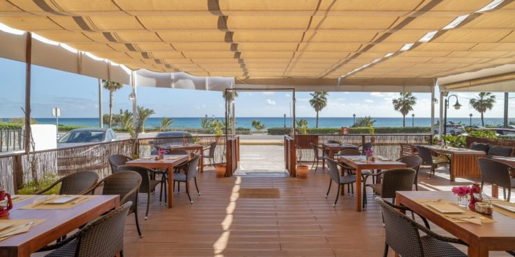 Well-known and Popular Restaurant in Mojacar Playa for Rent