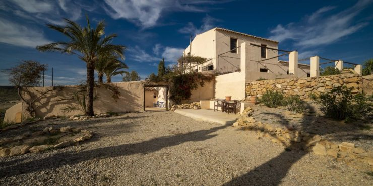 Tastefully Restored, Boho-Chic Cortijo for Sale