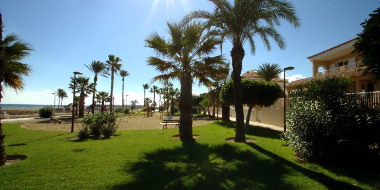 Lovely Beachfront Villa Boasting Unequalled Location