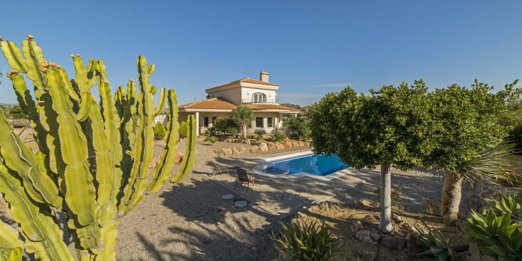Fabulous Family home in the countryside of Vera
