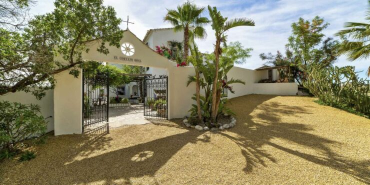Exceptional farmhouse in Bedar for sale